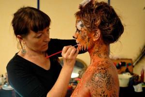 Body-painting félin